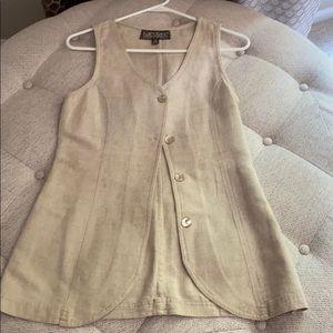 Linen, tunic-style vest